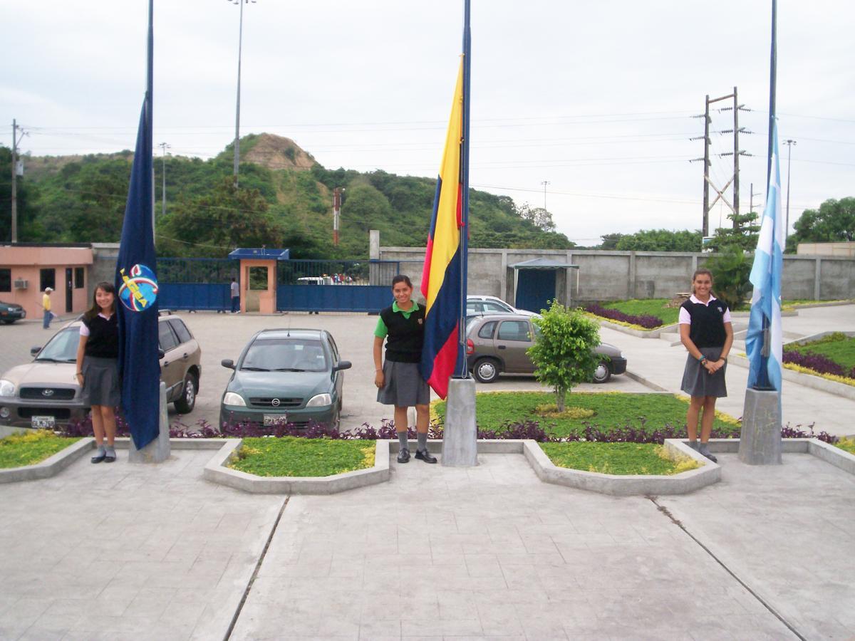 8.36-bandera Galería 6